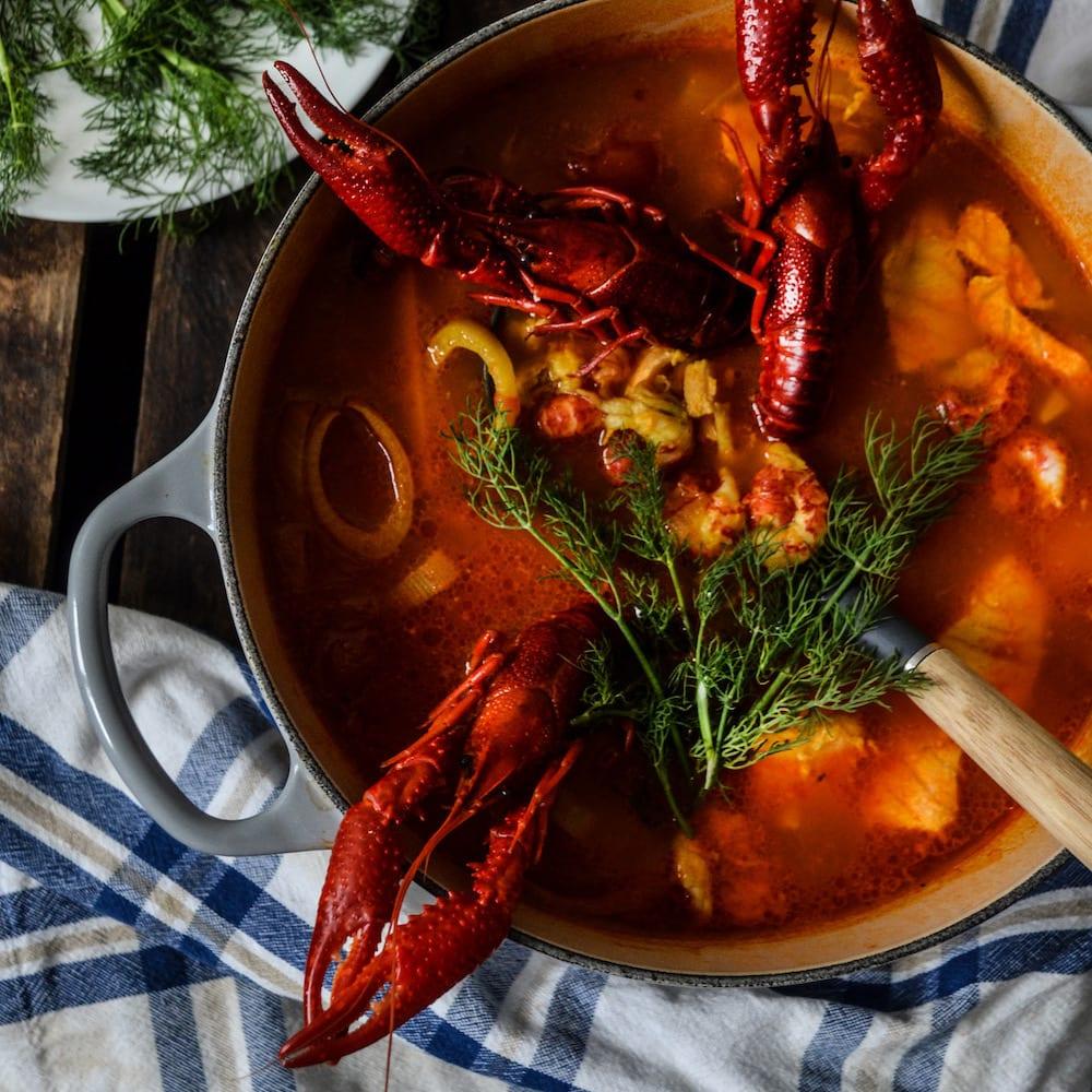 Kryddig soppa med kräftor
