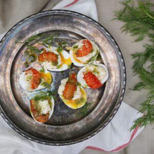 Ägg med sikromsmajo och marinerad kräfta